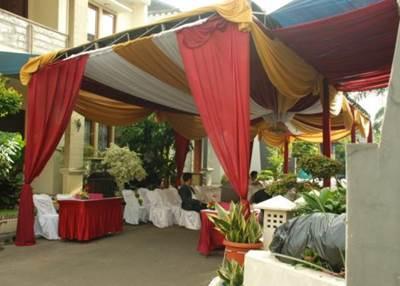 1345772553_431711146_7-Paket-Pernikahan-di-Rumah-untuk-300-Orang-